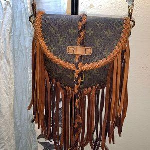 Handbags - Chantilly Pm